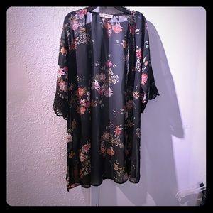 Wallflower Kimono floral sheer duster coverup XS
